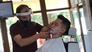 Nevşehir'de kuaförlerde jiletle sakal tıraşı ve makyaj yasağı kaldırıldı