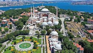 İstanbulda tarihi gün 21 cami sabaha kadar açık olacak