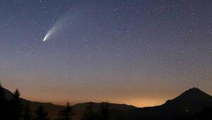 6 bin 800 yılda bir görülen kuyruklu yıldız Antalyaya da uğradı