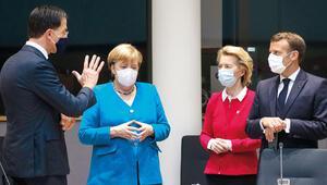 Kim bu Merkel ve Macron'a meydan okuyan