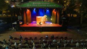 Akçaabatta Açık Hava Tiyatrosu Günleri düzenlendi