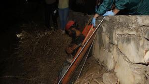 Falezlerden düştü 20 metreden halatla çıkarıldı