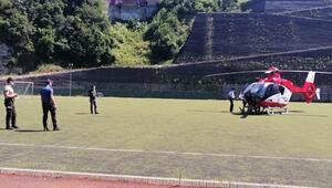 Ambulans helikopter parmağında kısmi kopma meydana gelen madenci için havalandı