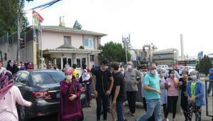 Ümraniyede toz ve koku eylemi; asfalt fabrikasının girişini kapattılar