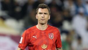 Galatasarayda büyük sürpriz Falcao yerine Mario Mandzukic Son dakika transfer haberleri...