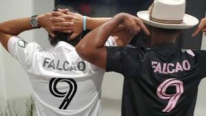 Inter Miami mağazalarında Falcao formaları satışa çıktı