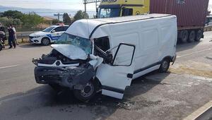 Zincirleme kaza trafiği kitledi 5 kişi yaralandı