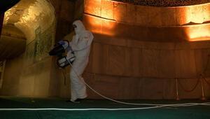 Ayasofya Camii dezenfekte edildi