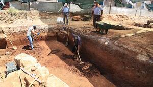 Muğla da inşaat kazısında 2 bin 400 yıllık mezar kalıntıları bulundu