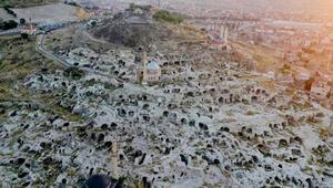 Kapadokyadaki tarihi Kayaşehir konuklarını ağırlıyor