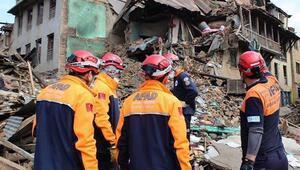 Son dakika haberi: AK Partiden deprem ve doğal afet araştırma komisyonu talebi