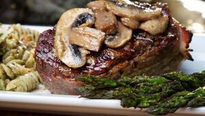 Kronik rahatsızlığı olanlar bayramda et tüketimine dikkat etmeli