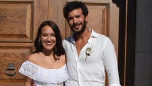 Barış Arduç ve Gupse Özay evlendi...İşte nikahtan ilk kareler