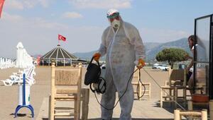 Karaburun Plajında ilaçlama ve dezenfekte çalışmaları