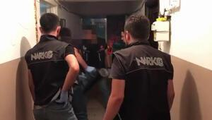 Şişli ve Avcılarda uyuşturucu satıcılarına operasyon kamerada