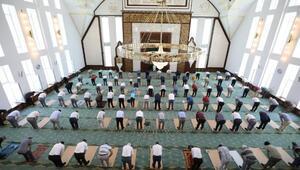 Kayseride Cavit Yurttaş Cami dualarla açıldı
