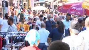 Adanada bayram alışverişinde koronavirüse davet