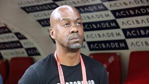 Eddie Newton: Trabzonsporun hocası olmayı hak ediyorum