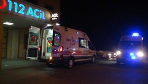 Adıyamanda araçlar birbirine girdi 8 kişi yaralandı