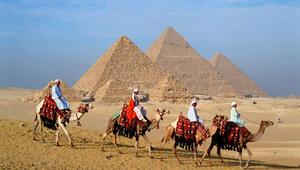 Elon Muska Mısırdan cevap: Piramitleri uzaylılar yapmadı