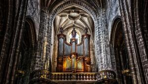 Notre Dame Katedrali'nin devasa orgu 4 yılda temizlenecek