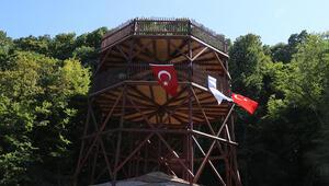 İğneada kuş gözlem kulesi ziyaretçilerin ilgisini çekiyor