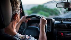 Yolculuk sırasında bel ve boyun ağrısı yaşamamak için neler yapılmalı