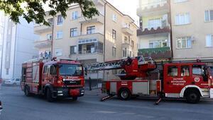 Kayseride ateşle oynayan çocuklar apartmanı yaktı