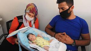 Hastanenin 'erkek' dediği bebek evde 'kız' çıktı