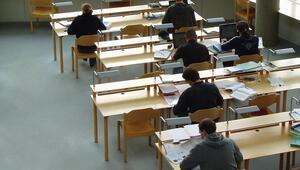 Üniversiteler ne zaman açılacak Gözler YÖK açıklamasına çevrildi