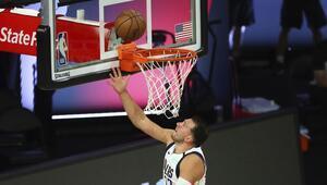 NBAde Gecenin Sonuçları | Luka Doncic tarihe geçti Dallas, Sacramentoyu 114-110 yenerken...