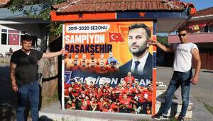 Zonguldakta fanatik çeşme şampiyon Medipol Başakşehir'in renklerine boyandı