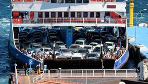 Koronavirüse rağmen, feribotla taşınan tatilci sayısı arttı