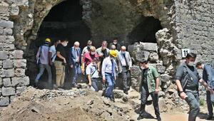 Diyarbakır Surlarında temizlik ve restorasyon çalışması