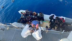 Muğlada Türk kara sularına itilen sığınmacılar kurtarıldı
