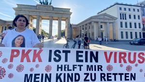 Almanya'da acılı anne evlat nöbetini sürdürüyor