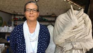 Troia Savaşı komutanlarının şehrinde 1700 yıllık hayırsever kadın heykeli