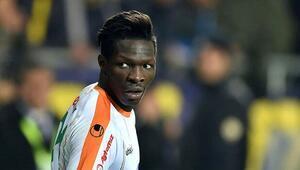 Fabrice NSakala: Erol Bulut Fenerbahçeye gelmemi istedi ama ben Beşiktaşı tercih ettim