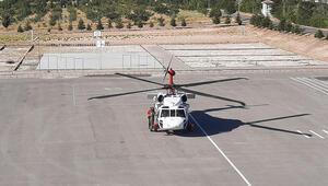 Demirkazıka tırmanırken rahatsızlanan doktor, helikopterle kurtarıldı