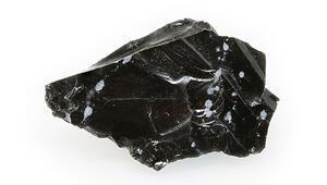 Obsidyen Taşı Nedir, Nerelerde Ve Nasıl Bulunur Obsidyen Taşı Nasıl Anlaşılır Özellikleri Ve Faydaları