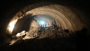 Salarha Tünelinde ışık göründü 20 dakikalık yol 5 dakikaya iniyor