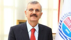 Sağlık Bilimleri Üniversitesi Rektörü Cevdet Erdölden tercih yapacak öğrencilere çağrı