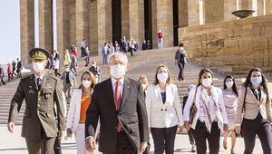 CHP Genel Başkanı Kılıçdaroğlu parti yöneticileriyle Anıtkabir'deydi: 'Bizi parçalamak isteyecekler'