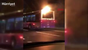 İstanbulda alev alan yolcu otobüsü yoluna böyle devam etti