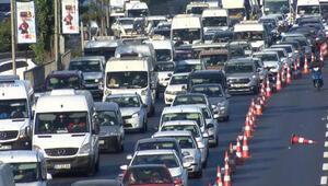 Haliç Köprüsündeki çalışmalar nedeniyle D-100de trafik yoğunluğu