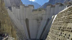 Yusufeli Barajının yapımında son 50 metre