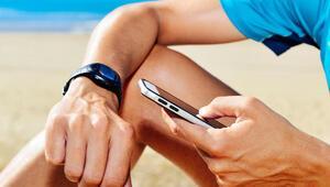 Ele geçirilen akıllı saatler veri kaybına zemin hazırlayabilir