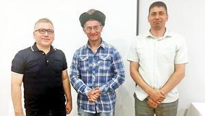 Aamir Khan'a börk şapka