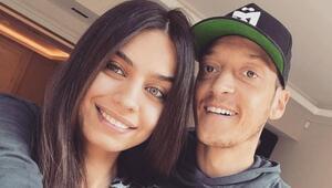Mesut Özil minik kızı Eda ile tatil paylaşımı yaptı