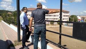Başkan Öz, Sıtkı Turan Parkındaki yenileme çalışmalarını inceledi